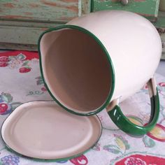 A RARE FIND!!!  Vintage, Cream & Green Enamelware Pitcher with flat lid/cover.  Farmhouse/Chic Beauty!!! In Excellent Vintage condition with minor