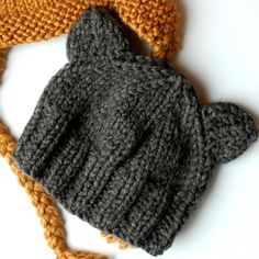 the geeky knitter: free knitting patterns – teddy bear hats – Knitting For Beginners Baby Hats Knitting, Knitting For Kids, Knitting For Beginners, Baby Knitting Patterns, Loom Knitting, Knitted Baby Hats, Knitting Ideas, Newborn Knit Hat, Beginner Knitting Projects
