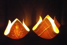 Hottest Absolutely Free Slab pottery square Thoughts Tealights from Momentum Pottery in Scotland Recreate: Lay an imprinted square slab over an empty to Ceramic Lantern, Ceramic Candle Holders, Ceramic Light, Hand Built Pottery, Slab Pottery, Pottery Vase, Thrown Pottery, Ceramic Pottery, Pottery Handbuilding