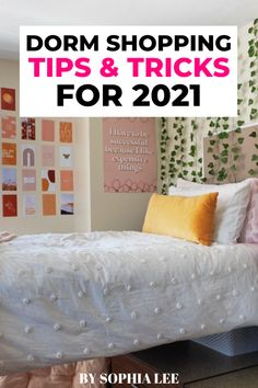im the first one of my siblings to go off to college so i had no idea where to begin. these dorm shopping tips and stores were so helpful for me and my mom!! already sent this to my future roomie too!! Pink Dorm Rooms, Boho Dorm Room, Dorm Shopping, Shopping Tips, College Bedding, College Dorm Rooms, Dorm Room Designs, Dorm Essentials, Dorm Room Organization