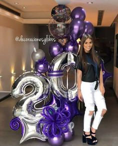 guirnalda de papel y lana Balloon Surprise, Balloon Gift, Number Balloons, Letter Balloons, Birthday Balloon Decorations, Birthday Balloons, Birthday Goals, Birthday Parties, Festa Frozen Fever