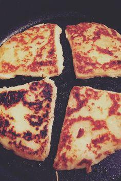 Irish potato bread recipe. So easy to make and a delicious Sunday night treat