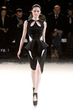 Thierry Mugler   pretty geo shapes
