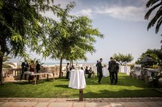 Dinner under the stars Best Wedding Destinations, Best Wedding Venues, Destination Wedding, Plan Your Wedding, Wedding Day, Traditional Names, Outdoor Candles, Laughing And Crying, Sitges