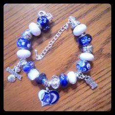 Duke University Inspired European Charm Bracelet Duke University Inspired European Charm Bracelet - NCAA March Madness Jewelry Bracelets
