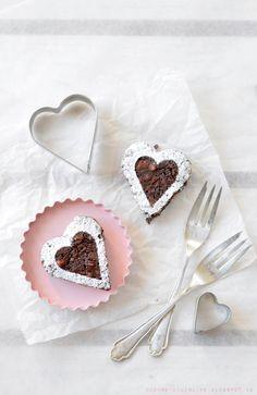 Chèvre culinaire: [Rezept] Last minute Idee für den Valentinstag - Herzige Walnuss Brownie Bites
