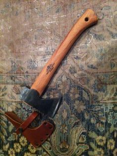 Old School Small Forest Axe, Hand Axe, Lumberjacks, Old Tools, Tool Steel, Knives And Tools, Camping Survival, Knifes, Hawks