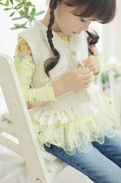 Amber Pure Cayley Knit Vest (2C)