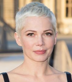 Michelle Williams Pixie - Hairstyle for Thin Hair
