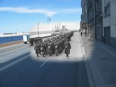 Sergey Larenkov creates eery composition of photos that bring past and present together in these 25 World War II images photoshopped into modern scenes. Old Images, Old Pictures, Bing Images, Photo Blend, Top Photos, Grandes Photos, Then And Now Photos, Ghost Photos, Modern Metropolis