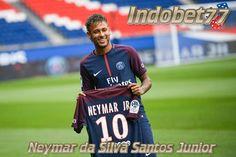 Bandar Bola Online –Jersey Laku Keras Setelah Neymar Resmi Menjadi Pemain PSG. Hal tersebut terjadi setelah sang pemain direkrut Paris Saint Germain dari Barcelona. Dengan harga transfer yang mencapai222 juta Euro atau setara dengan Rp 3,5 triliun. Bersama dengan klub barunya tersebut,...