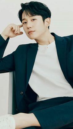 Asian Love, Asian Men, Jung In, Cute Actors, Chris Evans, Benedict Cumberbatch, Mens Clothing Styles, I Fall In Love, K Idols