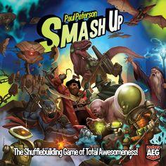 Smash up! é um jogo onde se combinam baralhos compostos de criaturas e acções que devem ser bem utilizadas para conquistar bases com pontos de vitória e características variáveis. Cada baralho é composto de 20 cartas; desde os Piratas , aos Robots passando por NInjas, Fantasmas, e Ursos de Combate. Cada jogador pode usar dois em cada partida. Smash Up! joga-se em 30 minutos e faz rir. O segredo está em escolher bem as combinações. A simplicidade não está ao alcançe de todos. Brilhante!