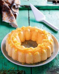 Συνταγή: Σουφλέ λεμονιού - Gastronomos.gr Pineapple, Deserts, Fruit, Food, Recipes, Pine Apple, Essen, Postres, Dessert
