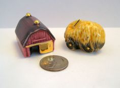 Arcadia Mini BARN & HAY WAGON Salt & Pepper Shakers Miniature