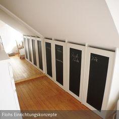 die schiebet r und der dachschr ge verschlie t die nische millimetergenau wohnungsideen. Black Bedroom Furniture Sets. Home Design Ideas