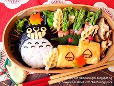 Totoro Bento トトロのキャラベン  - Little Miss Bento Totoro, Bento Kawaii, Japanese Bento Box, Bento Recipes, Bento Ideas, Bento Box Lunch, Food Humor, Funny Food, Favorite Recipes