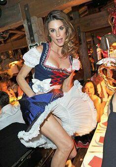 Oktoberfest Girls Special 2016 - Page 4 Drindl Dress, Maid Dress, Beer Maid, Beer Girl, Lingerie Fine, German Women, Modelista, Beer Festival, Feminine Dress
