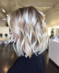"7,933 Likes, 207 Comments - Blonde and Balayage Specialist (@colorbyashley) on Instagram: ""Soft Balayage ✨ #colorbyAshley haircut by @jenniehairartist"""