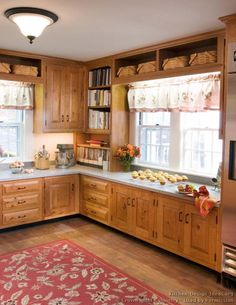 Traditional Kitchen | ... Of Kitchens   Traditional   Light Wood Kitchen  Cabinets (Kitchen #127