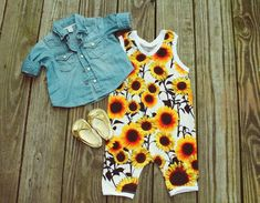 Sunflower Paradise Need an easy one piece outfit for your daughter! We got the right item for you; this baby girl sunflower romper is the perfect one piece outfit for your little girl. Mom! You will love the look of the large and colorful yellow sunflowers, from the Made by Jeniffer children's rompers & jumpsuit collection.