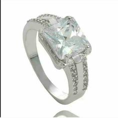 Sz9 925 Sterling Silver Clear Brilliant Cz Ring