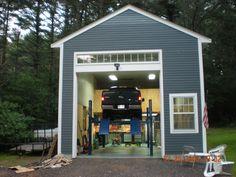 Small farmhouse remodel garage New Ideas Barn Garage, Garage House, Garage Plans, Garage Workshop, Garage Doors, Diy Workshop, Garage Shop, Garage Workbench, Workshop Plans