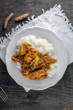 This fish curry is very fagrant, bursting with spices and other flavors and ready in less than an hour. With all kinds of vegetables and white fish. Frozen Vegetables, Mixed Vegetables, Good Food, Yummy Food, Tasty, Curry Ingredients, Fresh Turmeric, Cooking Recipes, Easy Recipes