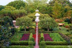 Peter Marino's Enchanting Hamptons Garden
