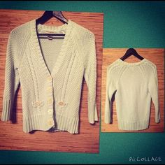 Banana Republic light teal sweater Beautiful knit! Buttons have a creamy pearl finish. 3/4 sleeves. Banana Republic Sweaters Cardigans