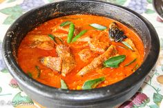 Kilimeenkoottathinu Alpam Pulirasam / Kerala Style Spicy & Tangy Red Snapper Curry