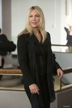 Heather Locklear in SCARY MOVIE 5 - Ab 25. April im Kino!