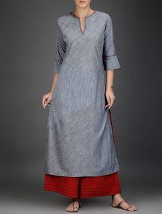 Buy Grey Red Cotton Chambray Kurta with Embroidered Neckline Women Kurtas… Kurta Designs Women, Salwar Designs, Kurta Patterns, Dress Patterns, Indian Dresses, Indian Outfits, Chudidhar Designs, Suits For Women, Clothes For Women
