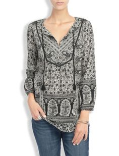 A What-to-Wear Guide to the Real Life Holidays   Her Desk to Date Night   Lelah Floral Tunic   Lucky Brand
