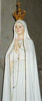 virgen maria estatua