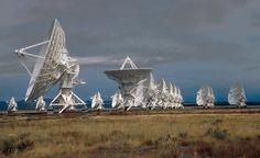 Very Large Array (VLA) radio telescopes