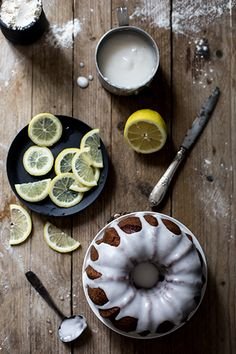 ... lemon bundt cake ...