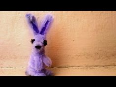 Another Pipe Cleaner craft today. Today I am doing a rabbit. Since it is almost Easter so I just thought of making bunnies. I hope yo. Pipe Cleaner Flowers, Pipe Cleaner Art, Pipe Cleaner Animals, Pipe Cleaners, Rabbit Crafts, Bunny Crafts, Pencil Toppers, Easter Crafts For Kids, Spring Crafts