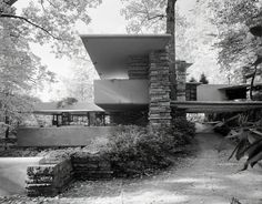 Check out Ezra Stoller, Fallingwater, Frank Lloyd Wright, Bear Run, PA From Yossi Milo Gallery Great Buildings And Structures, Art Deco Buildings, Amazing Buildings, Modern Buildings, Prairie Style Architecture, Organic Architecture, Residential Architecture, Falling Water House, Falling Waters