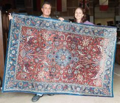 Dede & John from the Monte Vista Area score this beautiful rug for only $150! #auction #deals #happy #winners #bidders #Vogt #rug #fineantiques #antiqueauction #shopping #homedecor