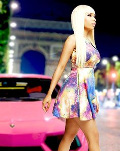 Nicki Minaj pink car