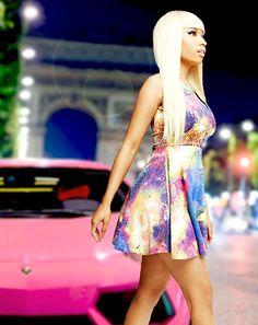 Nicki Minaj pink car