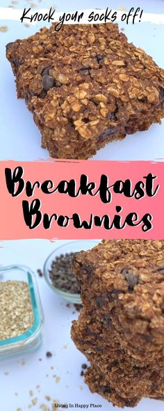 Chocolate baked oatmeal in a easy, on the go breakfast idea for busy mornings! Your kids will love breakfast brownies! Healthy Oatmeal Breakfast, Breakfast On The Go, Breakfast Items, Breakfast Cookies, Breakfast Dessert, Breakfast Dishes, Breakfast Recipes, Breakfast Smoothies, No Bake Oatmeal Bars