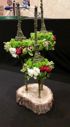 A floral affair by Francine Deco Floral, Arte Floral, Floral Design, Ikebana, Flower Show, Flower Art, Modern Flower Arrangements, Bouquet, Branch Decor