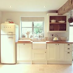 Throw back Thursday view of my kitchen window #tbt #smeg #butlersink #stonefloor #tumbledlimestone #kitchen #countrykitchen #rustickitchen #countryliving #countrystyle #countryhomes