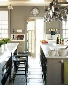 Martha Stewart's Kitchen Island at Cantitoe Corners in Bedford