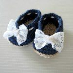 Little Lady Crochet Slippers - Just added my InLinkz link here: http://www.thepurpleponcho.com/stitch-it-up-link-party-4/