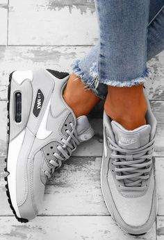 Nike Air Max 90 Grey Trainers - - - Schuhe - Best Shoes World Sneakers Mode, Best Sneakers, Black Sneakers, Sneakers Fashion, Burgundy Sneakers, Fashion Shoes, Puma Sneakers For Men, Womens Casual Sneakers, Walking Sneakers For Women