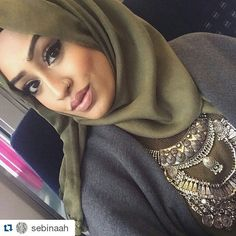 #Repost @sebinaah with @repostapp ・・・ Laila me Laila...  these @fatihasworld lashes in Laila are so glam! Currently on route to the @eastgirlsproject event.. If your in or near Shadwell do pop in and say hi! It's free till 6, and then £5 for the evening fashion show!