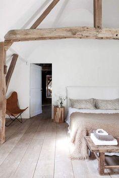 Fairwood: inspiratie kleur balken zolder, in sink met houten vloer. Wel liefst veel lichter & iets witter dan de kleur hier: